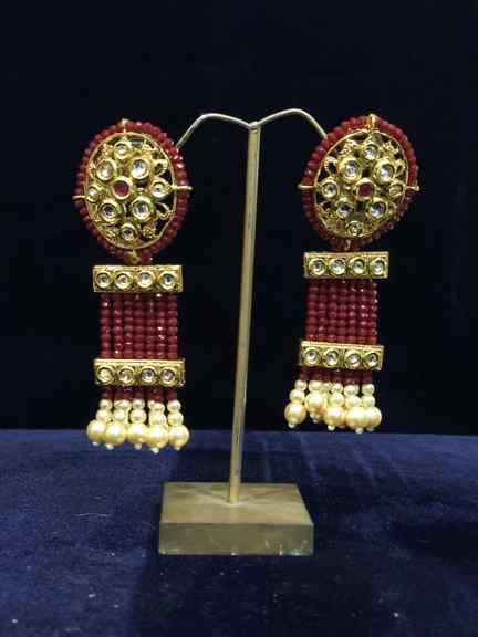 GOLD WITH MARUN MOTI EARING