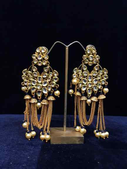 GOLD WITH KUNDAN WITH BLACK BEATS