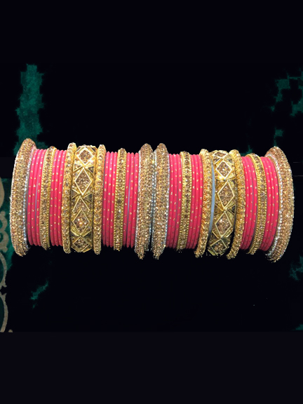 GOLD BANGAL WITH PINK