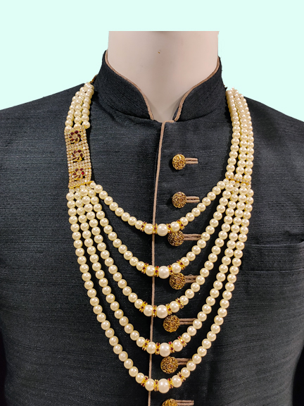 CREAM SMALL MOTI MALA WITH ONE SIDE BROCH