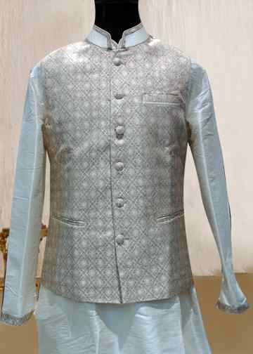 CREAM KURTA WITH CREAM PRINTED JACKET